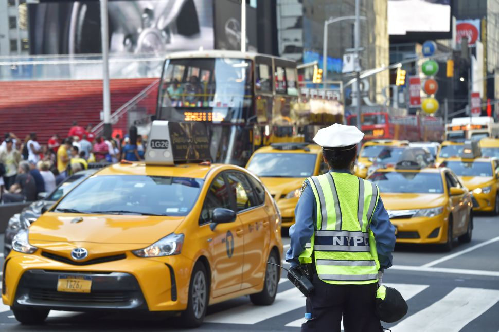 I Uber, Lyft and Co. are taking over Yellow Taxis and the drivers a committing suicide out of desperation.